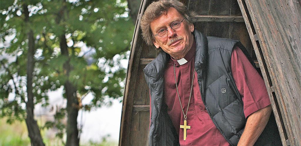 Lennart Koskinen, biskop emeritus i svenska kyrkan, författare och medlem i The Elijah Board of World Religious Leaders.